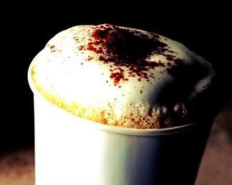 Акция «Возьми меня с собой». Кофе на вынос в кофейне «Мадлен»