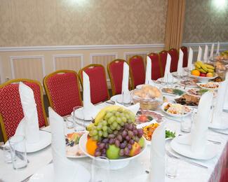 Ресторан «Астана-Плаза» приглашает провести банкеты!