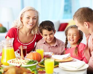 40% скидка на семейные обеды от кафе «У Коробка»