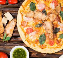Пицца с сёмгой и с зеленью