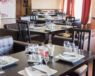 Аренда банкетного зала от 1500 тенге с человека в ресторане Zumart