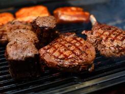 В честь открытия ресторан CARNE объявляет мясные выходные!