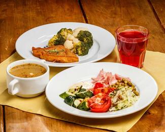 Комплексные обеды в кафе «Дана»