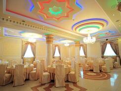 Празднуйте свои торжества в банкетном зале «Азари»