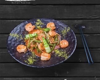 Тайские креветки в ресторане Gan Bei!