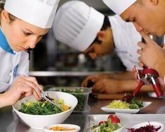 В ресторан «Бақытгүл» требуются кондитеры и повара!