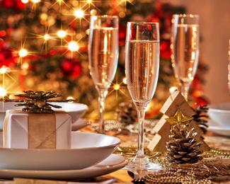 Новогодние корпоративы с рестораном «Якорь»