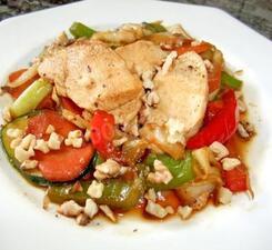 Куриная грудка с овощами на жаровне