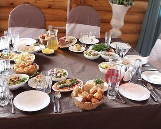 Ресторан Astana Resort готов радовать всех гостей отличной кухней и веселыми развлечениями!